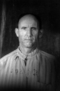 Photographie anthropométrique de forçat, années 1940 (?), collection privée Thierry Cantonnet.